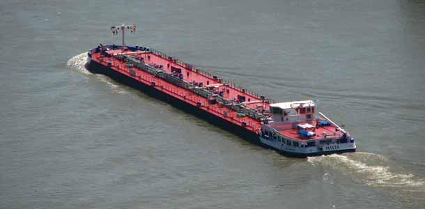 hero-barge
